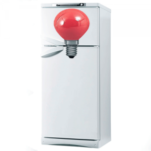 На холодильнике Electrolux горит alarm